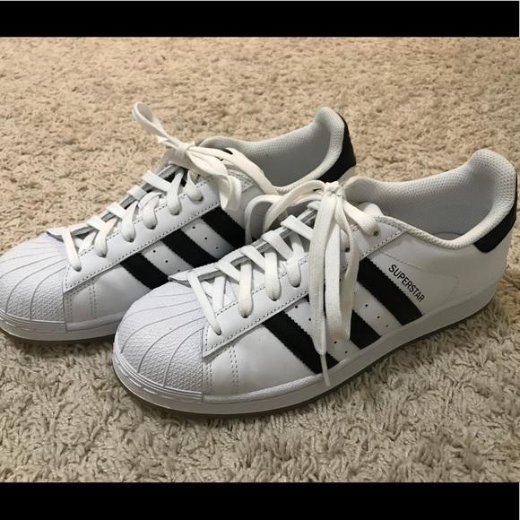 le adidas superstar blackwhite scarpe poshmark